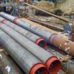 Монтаж буровой установки на строительной площадке